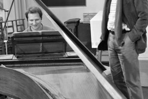Yury Martynov official Website | Mozart with Alexei Lubimov